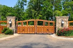 Wooden Driveway Gate Gates and Fencing Landscaping Network Calimesa, CA