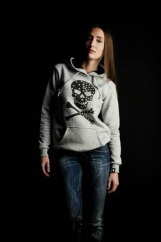 Tin, Campaign, Graphic Sweatshirt, Crown, Collections, Sweatshirts, Sweaters, Shopping, Fashion