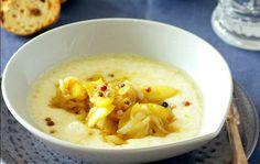 Provolone con cebolla y manzana al curry.