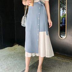 32 Trendy Ideas Dress Skirt Designs Source by Skirts Modest Fashion, Hijab Fashion, Korean Fashion, Fashion Dresses, Long Skirt Fashion, Couture Fashion, Mode Abaya, Mode Hijab, Skirt Outfits