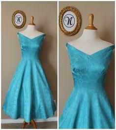 Vintage 1950s 50s Full Swing Dress by NicoleElaineVintage on Etsy