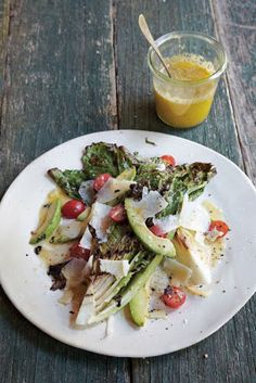 Grilled Romaine Salad Williams-Sonoma- I started grilling romaine this summer & love it! If you haved tried yet, you are missing out. Grilled Romaine Salad, Lettuce Romaine, Salad Recipes, Healthy Recipes, Healthy Dishes, Party Recipes, Beef Recipes, Recipies, Sandwiches