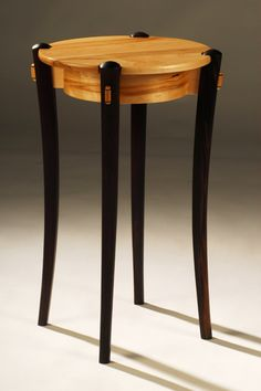 This elegant table has curved tapered legs with sculpted, wedged through-tenons. Small Furniture, Handmade Furniture, Fine Furniture, Wooden Furniture, Furniture Projects, Custom Furniture, Furniture Design, Woodworking Furniture, Fine Woodworking