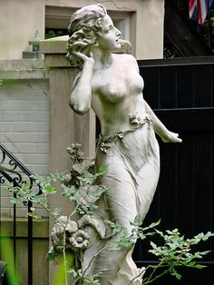 Statue is in Savannah, but I would like it in one of my gardens..