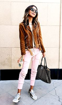 The Pretty Spring Trend Bloggers Are Wearing on Repeat via /WhoWhatWear/