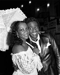 "Patti Labelle & Al Green at opening night of ""Your Arms Too Short To Box With God"", 1982 Al Green, Vintage Black Glamour, Opening Night, Black Is Beautiful, Michael Jackson, Dj, Arms, Fashion, Moda"