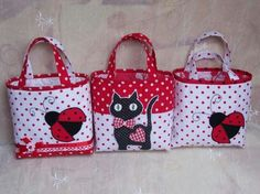 Fabric Purses, Fabric Bags, Patchwork Bags, Quilted Bag, Bag Quilt, Craft Bags, Bag Patterns To Sew, Denim Bag, Girls Bags