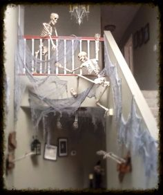 Another home haunters pic.
