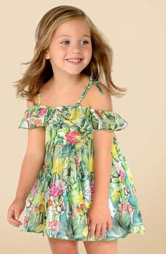 Dresses for girls in different colours, patterns and prints. The most elegant and trendy dresses. Little Miss Dress, Cute Little Girls Outfits, Girls Summer Outfits, Dresses Kids Girl, Toddler Fashion, Toddler Outfits, Kids Outfits, Girl Fashion, Little Girl Models