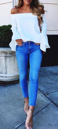 casual style perfection: off shoulder top + skinnies + heels