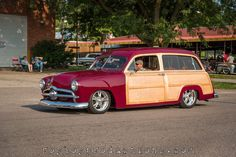 Station Wagon Cars, Surf Rods, Woody Wagon, Panel Truck, Vintage Surf, Old Classic Cars, Chevy Trucks, Shoe Box, Car Show