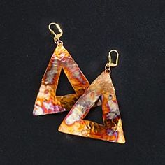 Triangular-Earrings-Of-Iridescent-Copper