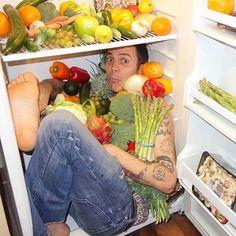 Steve-O - former Jackass stunt performer Vegan Looks, Steve O, Vegan Animals, Personal Chef, Vegan Vegetarian, Watermelon, Celebs, Celebrities, Diet