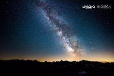Buona notte a tutti il cielo è blu sopra #Livigno. °milkyway, #vialattea,#panorama, #nightlandscape, Alps, Hotel Offers, Rooftop, Terrace, Skiing, Northern Lights, Sky, Balcony, Ski