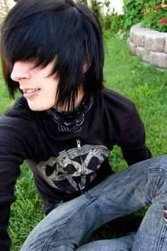The Ultimate Emo Boy Picture Resource Online Cute Emo Guys, Hot Emo Boys, Emo Love, Emo Girls, Guys And Girls, Cute Boys, Emo Scene Hair, Emo Hair, Visual Kei
