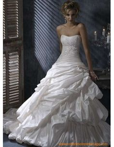 Robe de mariée bustier jupe bouffant taffetas