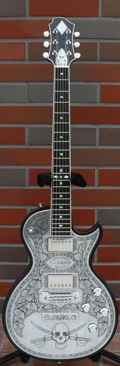 Zemaitis MF500-SKULL-BK Metal Front