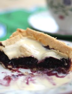 Grandmas Mulberry Pie – Made with love!http://www.mysquarefryingpan.com/grandmasmulberrypie/