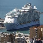 Royal Caribbean debuts world's biggest, most luxurious cruise ship https://www.chron.com/life/travel/article/Royal-Caribbean-Symphony-of-the-Seas-12788251.php