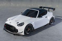 Le coupé sport compact semble prêt pour la piste