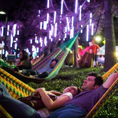 2 Things You Should Go Do At Spruce Street Harbor Park Right Now