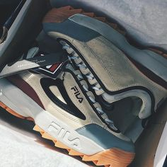 """d639ca6432  urbanoutfittersmens on Instagram  """"unboxing the fila uo exclusive  distressed disruptor II sneakers via  felixlopezz"""