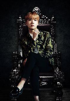 This edit though, Hoseok legit looks like a prince