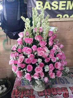 Rangkaian bunga meja 085716660717