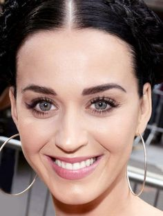 We sat Katy Perry's makeup artist at a table with every drugstore eyebrow pencil, powder, and gel we could find. Which ones would he use on his clients?