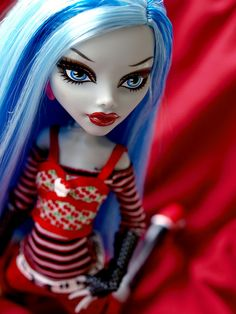 Ghoulia by Nuwandalice