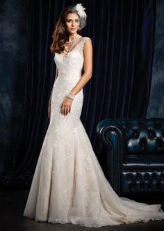 Elegant Bridal Dress with Lace Cap Sleeves
