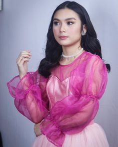 Filipina Girls, Filipina Actress, Local Artists, Make Me Smile, Cute Couples, Tv Series, Crushes, Actresses, Lady