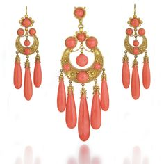 Antique Italian Coral and Gold Pendant and Earrings (italian)