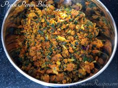 Vegetarian Side Dishes, Vegetarian Recipes, Easy Indian Recipes, Ethnic Recipes, Green Capsicum, Maharashtrian Recipes, Dried Vegetables, Vegetable Side Dishes, The Dish