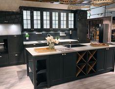 Buy kitchen at Bremerhaven & umzu – over 30 exhibition kitchens! – cozy home warm Living Room Tv, Living Room Carpet, Backyard Fireplace, House Beds, Restaurant Interior Design, Buy Kitchen, Cuisines Design, Design Moderne, Cozy House