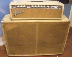 Dick Dale's 1965 Fender Showman Amp at the Musical Instrument Museum in Phoenix, AZ Surf Guitar, Jazz Guitar, Fender Guitar Amps, Fender Stratocaster, Fender Vintage, Vintage Guitars, Rockabilly Guitar, Fender Deluxe, Bass Amps