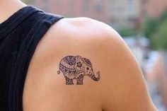animal tattoo on shoulder