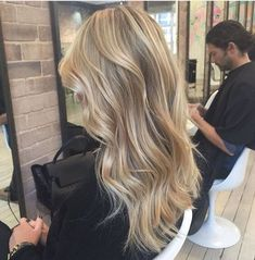 Short Homecoming Hairstyles Tutorials is part of Perfect Prom Hairstyles Makeup Tutorials Guide golden balayage hair✨ - Healthy Blonde Hair, Blonde Hair Looks, Sandy Blonde Hair, Dying Hair Blonde, Golden Blonde Hair, Balayage Hair, Natural Blonde Balayage, Natural Blonde Hair With Highlights, Neutral Blonde Hair