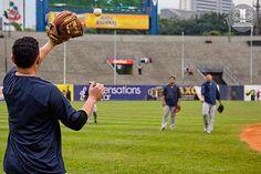 Una tarde de beisbol en el Estadio Universitario de la UCV, donde se enfrentaron Los Leones del Caracas y Los Navegantes del Magallanes