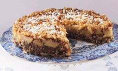 Apple-date-nut cake recipe - Trendswoman Healthy Cake, Healthy Baking, Date Nut Cake Recipe, Sweet Recipes, Cake Recipes, Tapas, Baking Bad, Fruit Dishes, Food Cakes