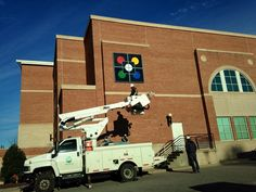 Quilt Block goes up at H. Leslie Perry Memorial Library in Henderson, NC