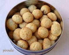 Petits biscuits à la noix de coco
