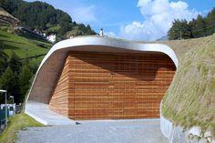 monovolume architecture: hydroelectric power plant punibach