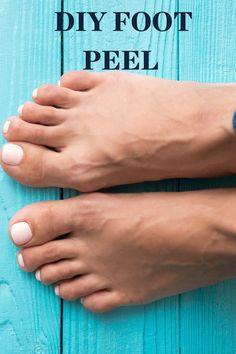 To read more about this DIY foot peel, head to the link below. Diy Foot Soak, Homemade Foot Soaks, Peeling Maske, Diy Peeling, Foot Peel, Tattoos For Kids, Diy Spa, Foot Tattoos, Diy Pedicure