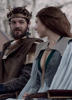 Renly Baratheon & Margaery Tyrell ~ Game of Thrones ugh classic Game Of Thrones Dress, Game Of Thrones Facts, Game Of Thrones Tv, Margaery Tyrell, Cersei Lannister, Daenerys Targaryen, Winter Is Here, Winter Is Coming, Brienne Von Tarth