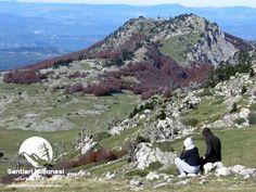 Credo che la montagna rappresenti l'espressione più bella di libertà, questo avvicinarsi al cielo e assaporare piccole cose come un dono, ritrovando se stessi, la pace ed anche la gioia.