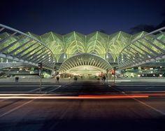 Oriente Station, Lisbon, Portugal    www.calatrava.com