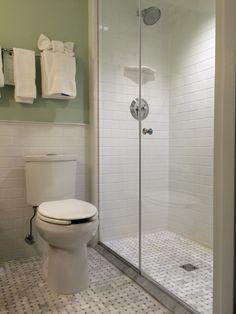 Bathroom, Carolina Inn