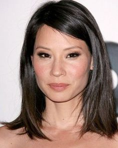 Lucy Liu as Elektra Lafleur - Elemental Assassin Series Lucy Liu, Mid Length Hair, Shoulder Length Hair, Asian Hair Medium Length, Trendy Hairstyles, Bob Hairstyles, Asian Hairstyles, Medium Hair Styles, Short Hair Styles