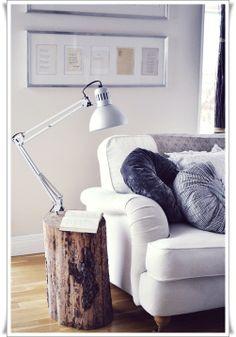 Love, love, love the lamp and stump!